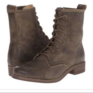 Steve Madden Charrie Boot (army green) size 6.5